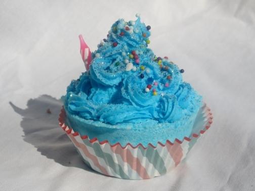 Bomb Cupcake