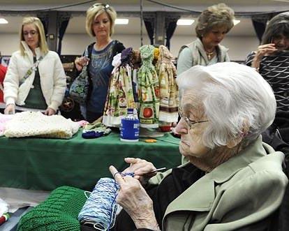101-year-old Knitter at Missouri Craft Fair