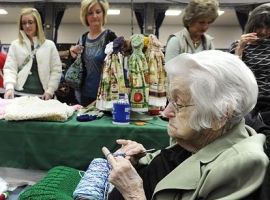 101-year-old Knitter at Missouri Craft Fair