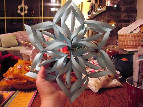 3D Snowflake DIY.
