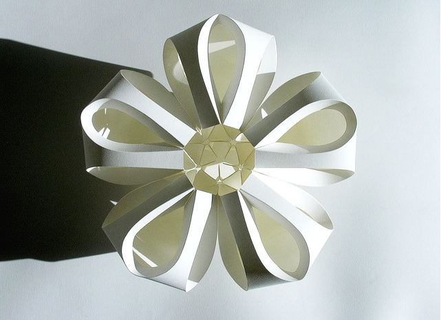 Papercraft that inspires icraftgifts blog paper flower mightylinksfo