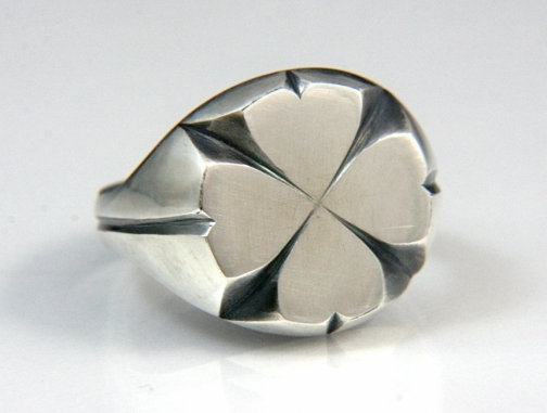 clover ring for st patrick's day