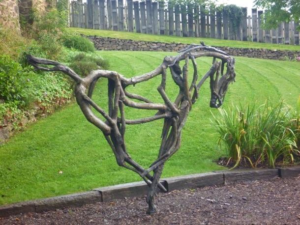 Horse sculpture by Heather Jansch.