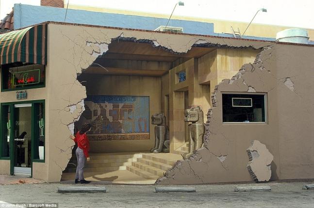 An Egyptian style mural adorns a wall in Los Gatos, California.